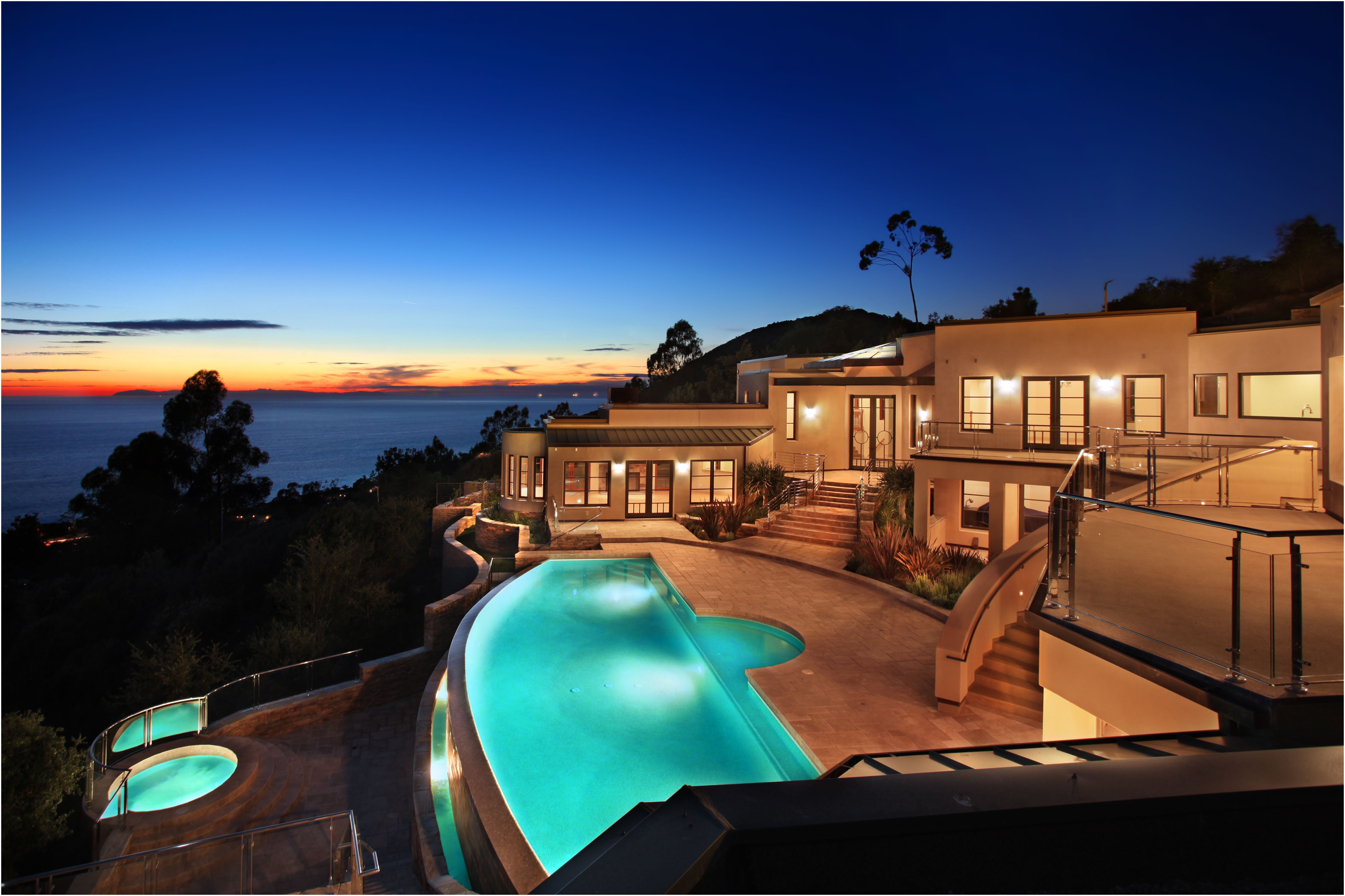Beach Houses In Italy for Sale Fresh An Infinity Pool Overlooks Laguna Beach From A Very Private Hilltop