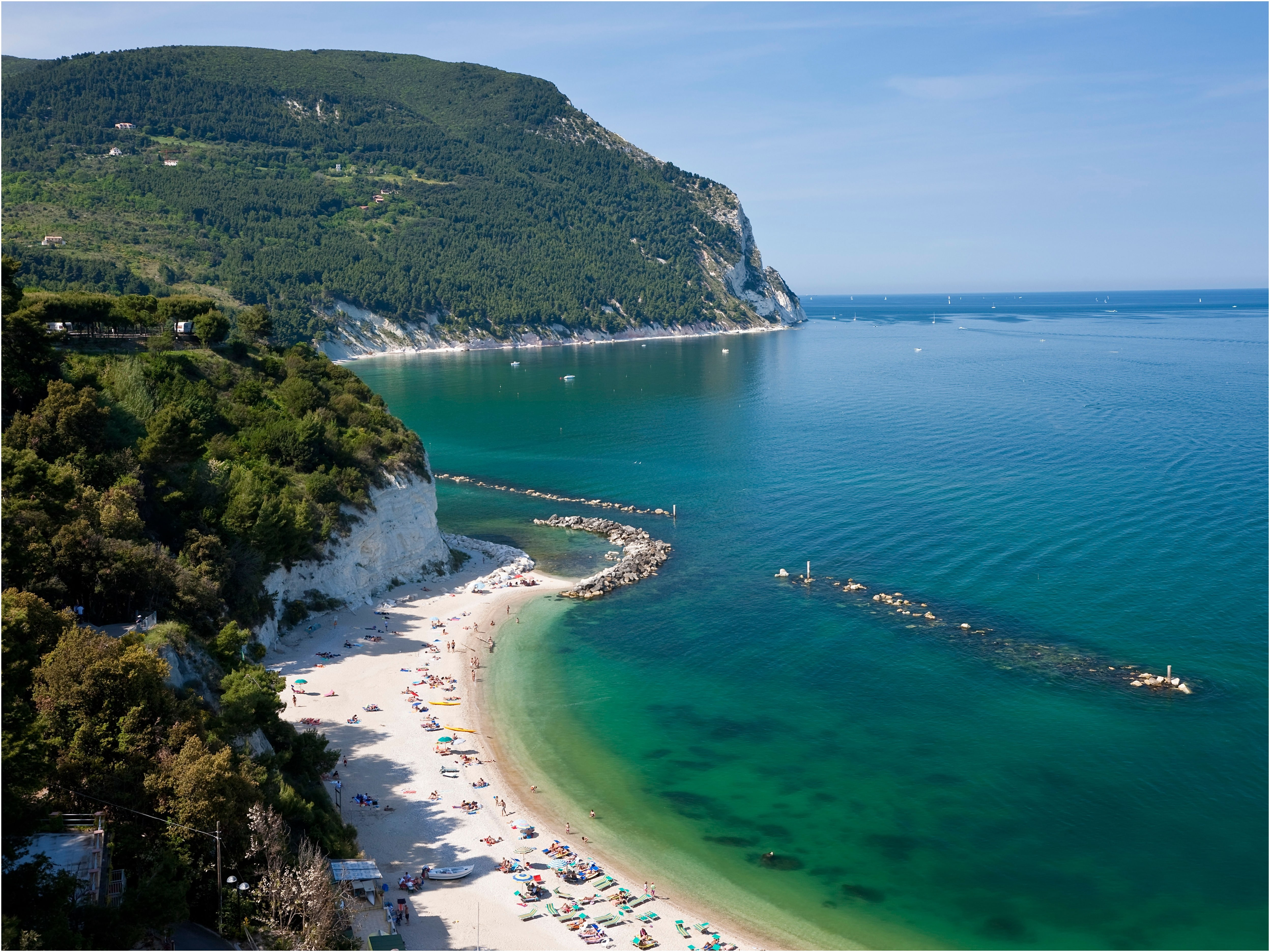 Beach In Ancona Italy Lovely Spiaggia Urbani the Italian Beach Ly Locals Know About Condé