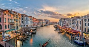 Beach In Italy Near Venice Awesome Best Day Trips From Venice Italy