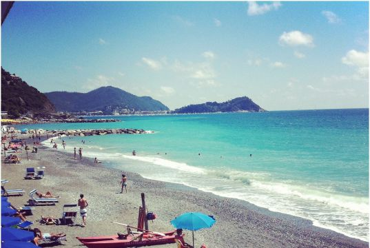 Beach Italy October Beautiful Lavagna Beach Liguria Italy Photo Credits Livia Podestá
