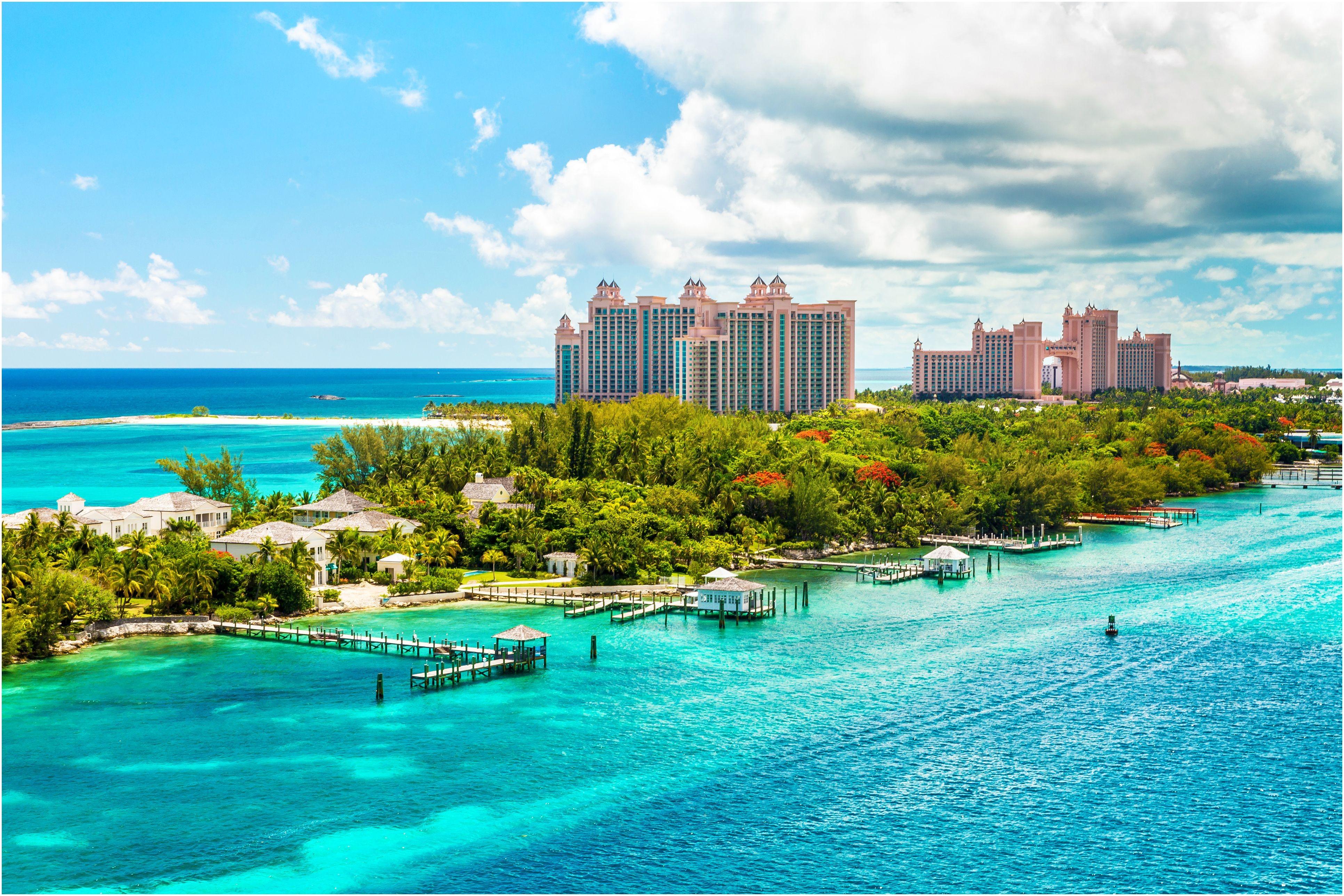 atlantis caribbean beach resort at nassau bahamas 5b6b0adec9e77c de600